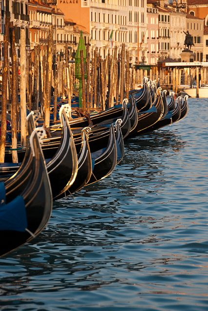 A PRACTICAL GUIDE TO TRANSPORT IN VENICE