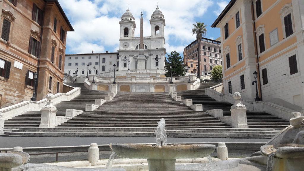 Piazza di Spagna & the Scalinata di Trinità dei Monti (Spanish Steps) during Covid-19 lockdown.
